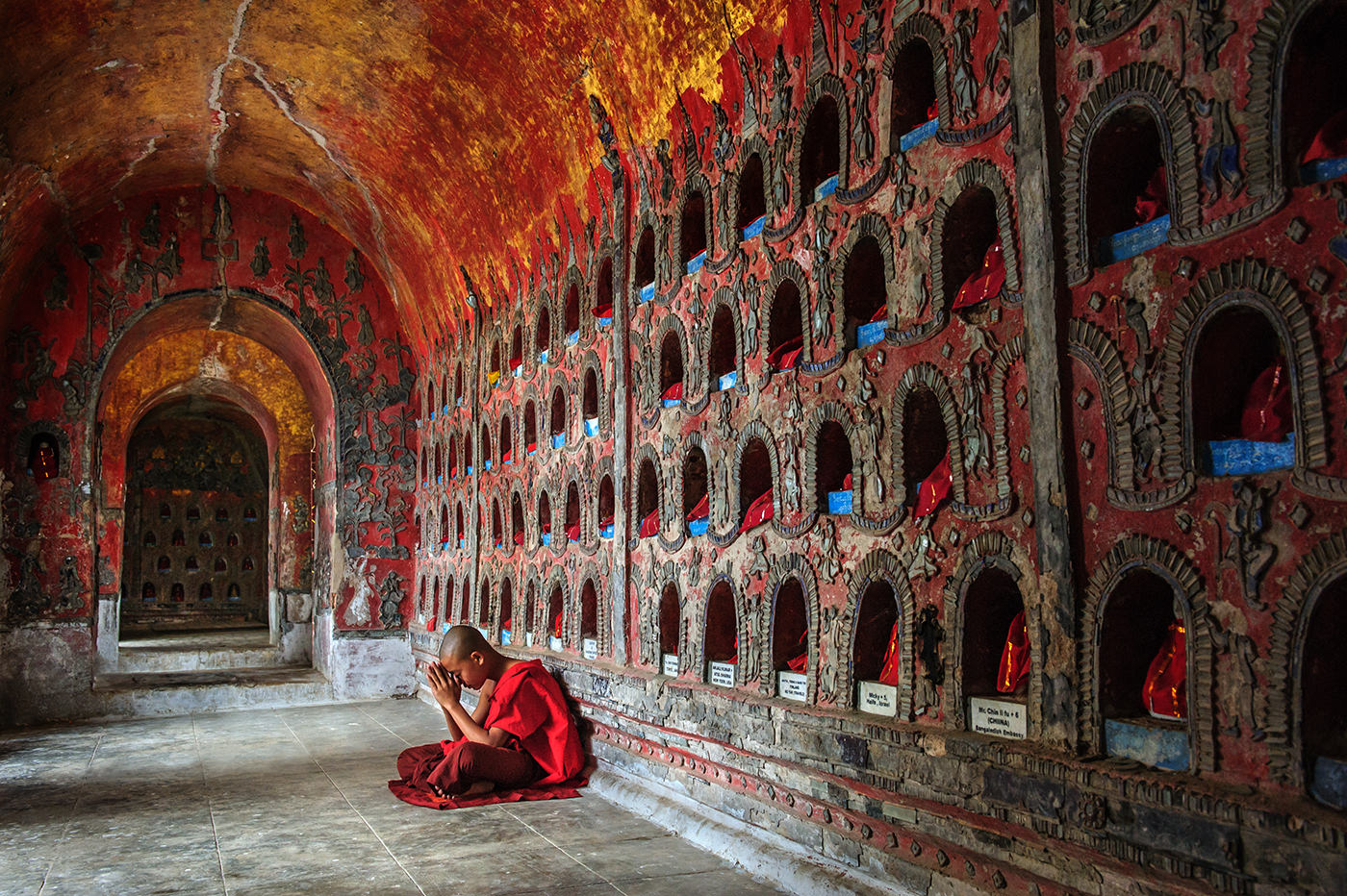 Colour Print - 1st Place: Monk Shwe Tan Pyay Monastery by Dawn White