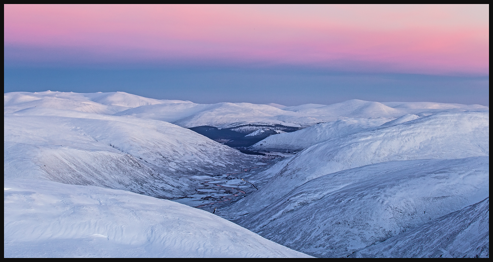 2ND SUNRISE ON BEN AVON BY CHRIS SCAIFE DIV2 COLOUR